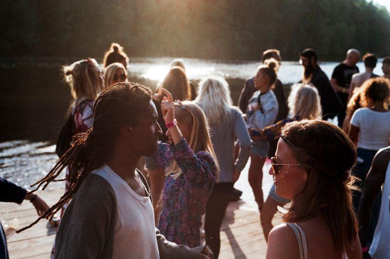 Comment organiser un flashmob pour un mariage